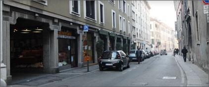 Brescia centro shopping by rolando giambelli i negozi del for Buizza arredamenti